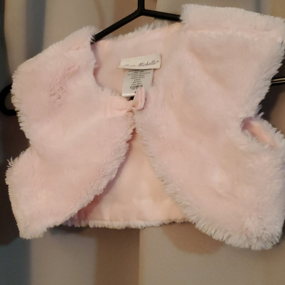 Faux for light pink vest